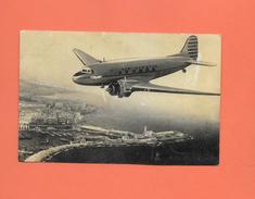 CPA AVIATION UN DES APPAREILS D AIR ALGERIE PRIS AU DESSUS DU PORT D ALGER - EDITION AIR ALGERIE - - Avions