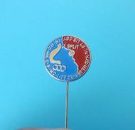 MEDITERRANEAN GAMES '79 Old Pin Badge - Greece Turkey Syria Egypt Spain Lebanon Malta Algeria Italy Tunis Marocco France - Unclassified