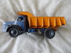 "Dinky Toys Berliet  ""34"" Meccano Made In France Version Avec Mécanisme Benne - Dinky"