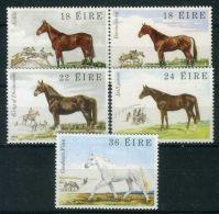 IRLANDE ( POSTE ) : Y&T N°  453/457  TIMBRES  NEUFS  AVEC  TRACE  DE  CHARNIERE , A  VOIR . - 1949-... Republic Of Ireland