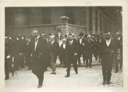 LYON VOYAGE PRESIDENTIEL 24/05/1914 MONSIEUR POINCARE SE RENDANT A LA FACULTE - Orte