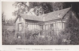 91 YERRES CPA  Pas Commune  Le BUISSON Des CAMALDULES Façades Et Jardin Timbre 1938 - Yerres