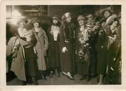 02/08/1922 SOIREE DES FEMMES AMERICAINES APPORTANT DES MILLIONS POUR LES HABITANTS  REGIONS DEVASTEES MISS MORGAN HASS - Fotos
