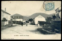 Cpa  Du 88  La Salle  Centre Du Village  -- Canton Saint Dié    NCL93 - Saint Die