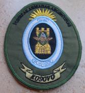 Ecusson Insigne Tissu Patch -  KFOR - FUERZAS ARMADAS ARGENTINAS ( Argentine ) -  OPEX OTAN  En KOSOVO - Ecussons Tissu