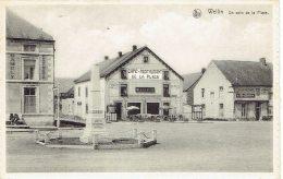 Wellin Un Coin De La Place  Café Restaurant Charcuterie  Monument - Wellin