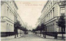 81 - COURTRAI - La Rue Des Grandes Halles - Uitg. Th. Van Den Heuvel, Brux. - Kortrijk