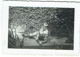 Foto/Photo. Pin Up.  Femme En Maillot. - Pin-Ups