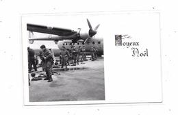 Carte Photo Parachutistes Au Départ, - Parachutisme