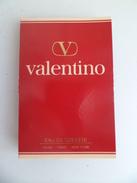 Tigette Ou  Tube De Parfum Echantillon 2 Ml Eau De Toilette Valentino - Miniatures Modernes (à Partir De 1961)