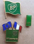 Lot De 3 Pin's  BP - Badges