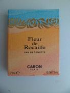Tigette Ou  Tube De Parfum Echantillon 2 Ml  Eau De Toilette Fleur De Rocaille De CARON - Miniatures Modernes (à Partir De 1961)