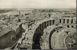 13 - Arles - Les Arènes Et Le Rhône (CPSM) - Arles