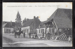 CPA 10 - Villemaur-sur-Vanne, Rue Notre-Dame Et Place De La Halle - France