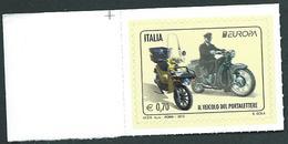 """Italia, Italy 2013; Moto Guzzi """"Galletto"""" E Motociclo Piaggio. Francobollo D' Angolo, Nuovo. - Motos"""