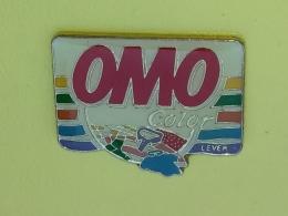 PIN 45 - OMO Detergent - Avions