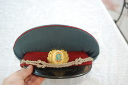 CASQUETTE D OFFICIER BULGARE - Casques & Coiffures