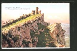 AK San Marino, Il Titano Vigile Sul Monte E Sul Piano - Saint-Marin