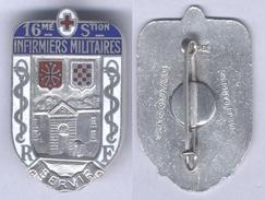 Insigne De La 16e Section D'Infirmiers Militaires - Services Médicaux
