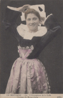 Scaër 29 - Femme Costume Coiffe De Beuzec-Conq - Beuzec-Cap-Sizun