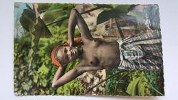 JEUNE GUINEENNE L'Afrique En Couleurs Librairie Constantin Conakry Exotique - Guinea