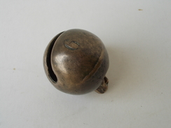 - Ancien Grelot - N°9 - - Bells