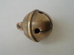 - Ancien Grelot - - Bells