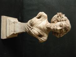 BUSTE DE FEMME FRANC MACONNIQUE EN PIERRE RECONSTITUEE 30 X 14 CM 1778 GR - Autres