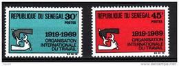 Sénégal N° 318 / 19  XX Cinquantenaire De L'Organisation Internationale Du Travail La Paire Sans Charnière, TB - Senegal (1960-...)