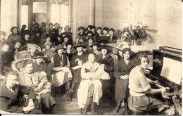 Bruxelles (1000) - Y.W.C.A : Union Chrétienne Féminine, 45 Rue Du Pépin - Dans Les Salons, à Midi. CPA Rare. - Gesundheit, Krankenhäuser