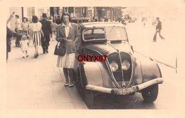 Carte Postale Photo VOITURE AUTO AUTOMOBILE A SITUER A LOCALISER MARQUE MODELE ?? TRANSPORT - Voitures De Tourisme