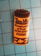 Pin715a Pin's Pins /   NOURRITURE POUR ANIMAUX TETRA POISSON EXOTIQUE    Marquage Au Dos :  - AB Pour Arthus Bertrand - - Arthus Bertrand