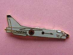 PIN´S    AVION  DE LA MARINE      -  Avion   (159) - Luftfahrt