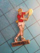 Pin610d Pin's Pins / Belle Qualité Niveau Arthus-Bertrand PRIMAGAZ TENNIS TENNISMAN  / Marquage Au Dos :  - ---- - - Tennis