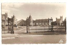 Reims (51) Les Etablissements Pommery - Reims