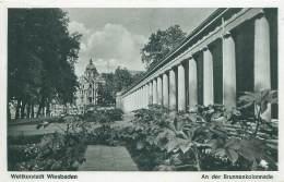 Weltkurstadt WIESBADEN - An Der Brunnenkolonnade. - Wiesbaden