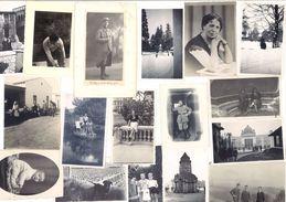 Lot De Plus De 130 Photos Amateurs Avec Personnages - Photos