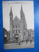 SEINE MARITIME   76   SAINT- MARTIN -DE- BOSCHERVILLE    -   EGLISE ST-GEORGES      ANIME   TTB - Saint-Martin-de-Boscherville