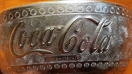 BOL A OFFRANDES - THAILANDE - SPONSORISE PAR COCA COLA - ALUMINIUM - ANNEE 70/80 - DIAMETRE 14 Cm - HAUTEUR 7 Cm - Coca-Cola