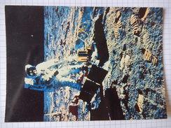 CPSM - LA CONQUETE DE LA LUNE PAR APOLLO XI  - ALDRIN INSTALLE LE SISMOGRAPHE ULTRA SENSIBLE  1969 - PHOTO NASA  - R2484 - Astronomie