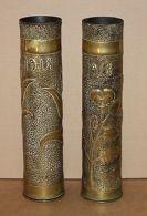 Paire De Vase Douille Décor Floral Art Des Tranché Guerre 1914 -18 - Unclassified