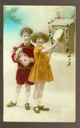 Enfants ( 155 )  Fillette   Kinderen  Kind  Boîte à Lettres - Enfants