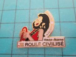Pin1016c Pin's Pins / AUTOMOBILES : SECURITE ROUTIERE HAUTE MARNE JE ROULE CIVILISE (ça Se Saurait !!!) ,  Belle Qualité - Corvette