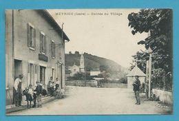 CPA Entrée Du Village âne MEYRIEU 38 - Other Municipalities