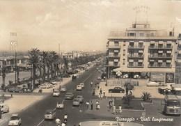 Viareggio 6741.   Viali Lungomare - Belmare Hotel Fiat - Auto Old Car Vespa Bus Clark Gable Burt Lancaster In Mare Caldo - Viareggio