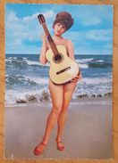 RAGAZZA NUDA AL MARE CON CHITARRA - PIN-UP Girl Pinup Ragazza Femme Guitar - Pin-Ups
