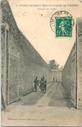 FRESNES Etablissement Pénitentiaire Chemin De Ronde - Bagne & Bagnards