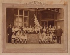 GROTE FOTO ANTWERPEN ( BORGERHOUT ) Gemeentelijk Onderwijsgesticht Vincottestraat - Jaar 1932-33 -- 1e Studiejaar - Antwerpen