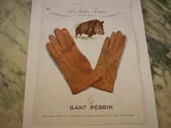 ANCIENNE PUBLICITE LES GANTS PERRIN EN PECARI1949 - Habits & Linge D'époque