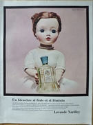 Publicité Lavande Yardley 1956 Illustration De Poupée - Vintage Perfume Ad Publicity In French Canada Picturing Doll Toy - Advertising